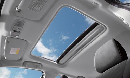各类汽车天窗优缺点详解